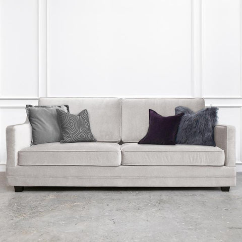 Custom-upholstered Fausta Sofa, 3-seater-plus