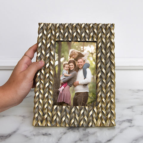 Lewitt Gold Sculpted Photo Frame