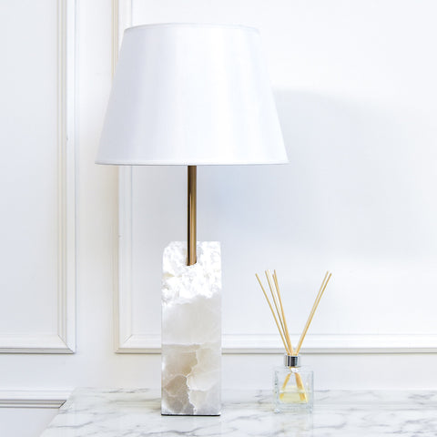 Riviere I Alabaster Table Lamp