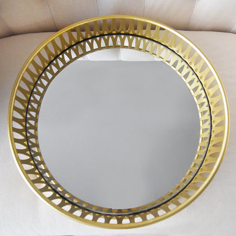 Serving tray - Gold Mirrored Tray, Round Crafted from mirror and lined with gold metal design.