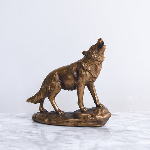 Wolf Rustic Gold Sculpture Decor