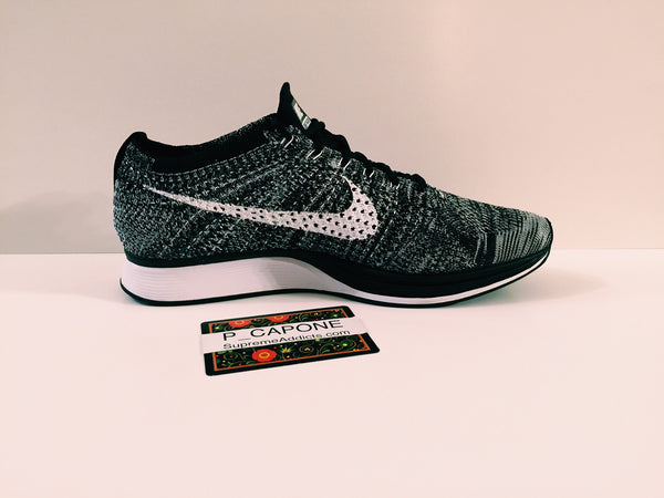nike flyknit racers oreo 2 0 supreme addicts. Black Bedroom Furniture Sets. Home Design Ideas