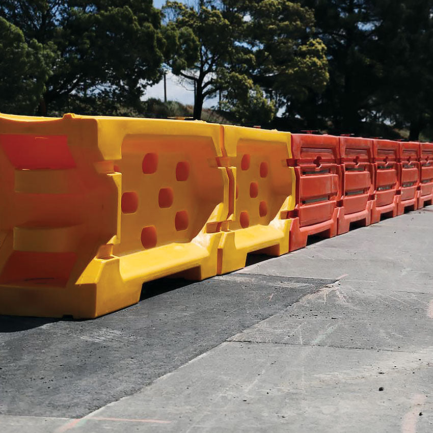 Water Filled Barrier Yellow End Treatment - Shield 1