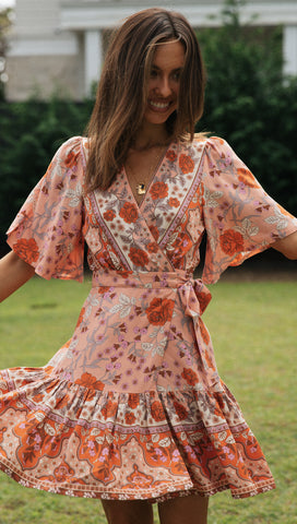 Aulora Dress (Peach)
