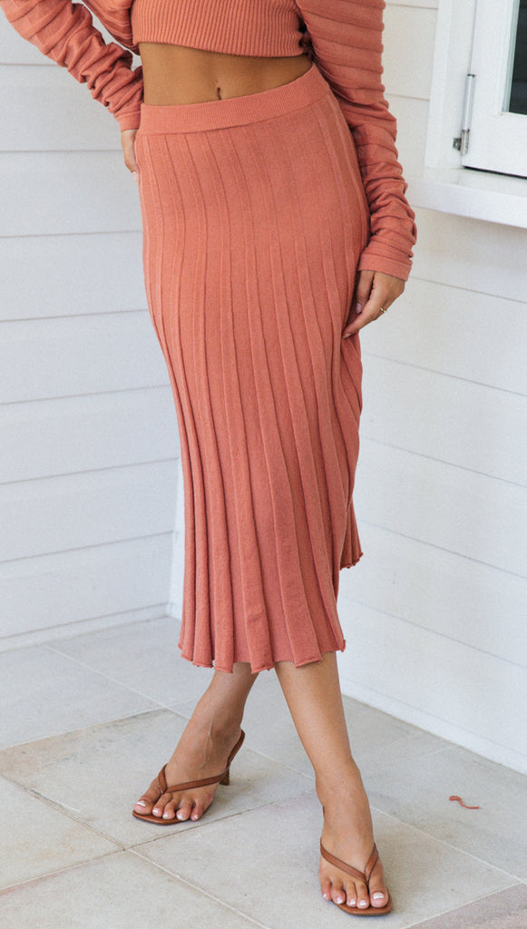 Dove Knit Skirt (Rose) (Sample Sale)