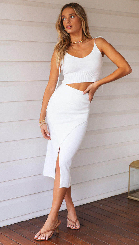Sariah Crop (White)