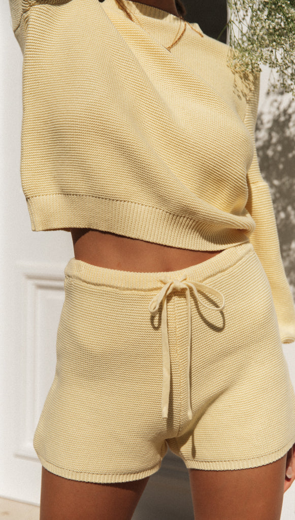 Amour Shorts (Yellow)