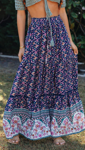 Sunday Blues Skirt (Navy Floral)