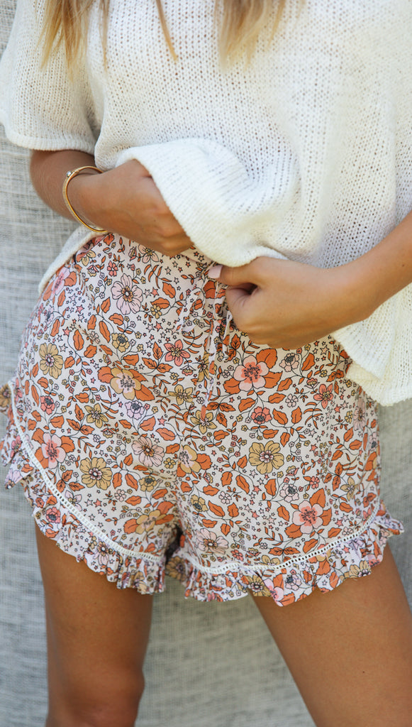 Harlow Shorts (White & Peach Floral)