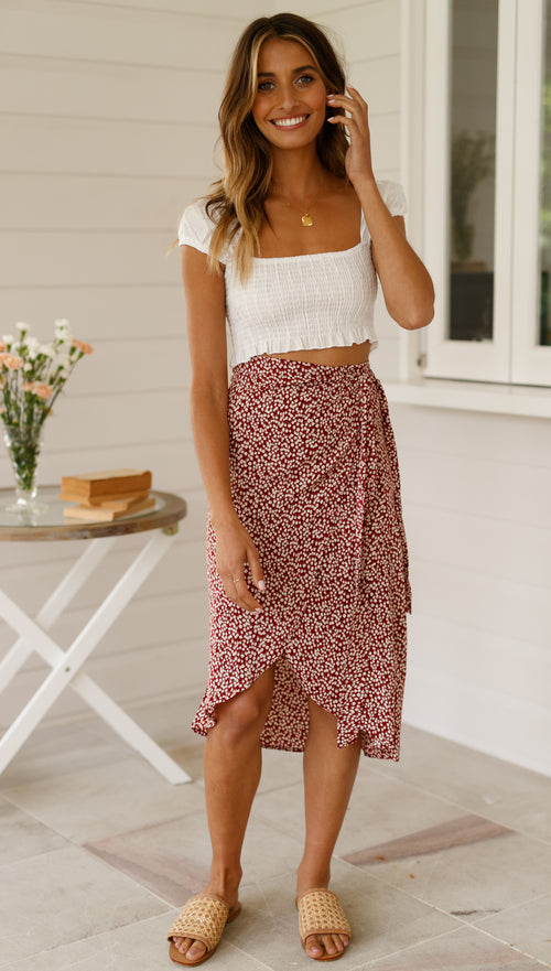 Daisy Bloom Skirt (Red Floral)