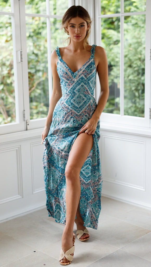 Beverly Lane Maxi (Blue Pattern)