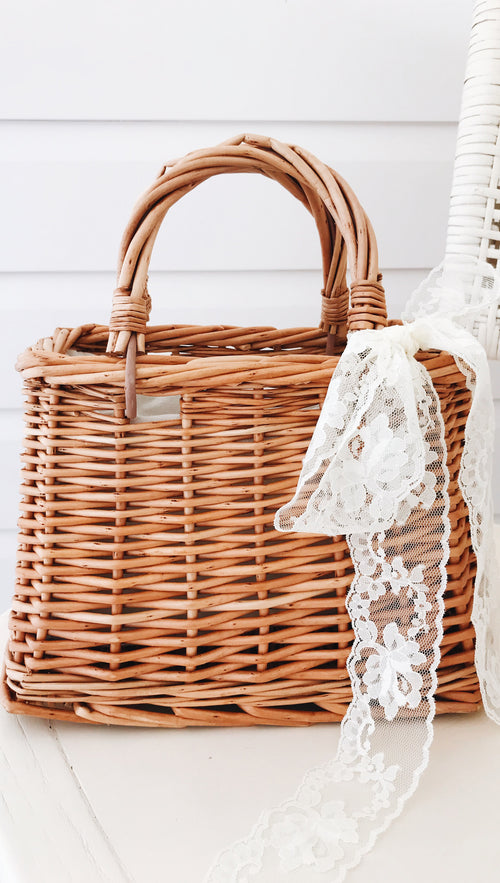 High Tea Woven Small Hand Bag