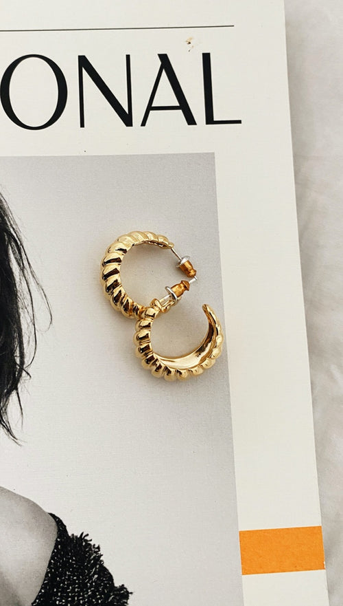Kiki Hoop Earrings