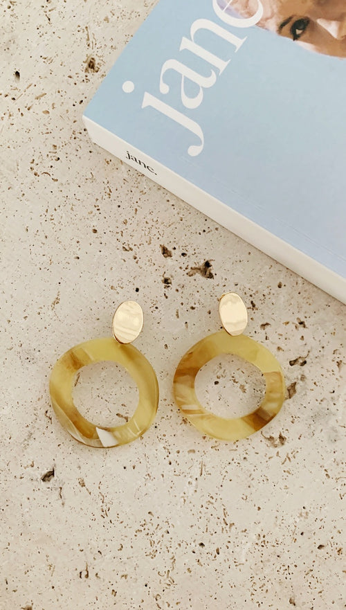 Maya Earrings (Mustard Shell)