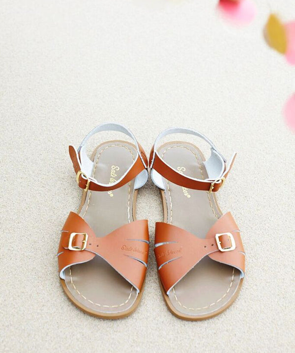 Classic Saltwater Sandal in Tan