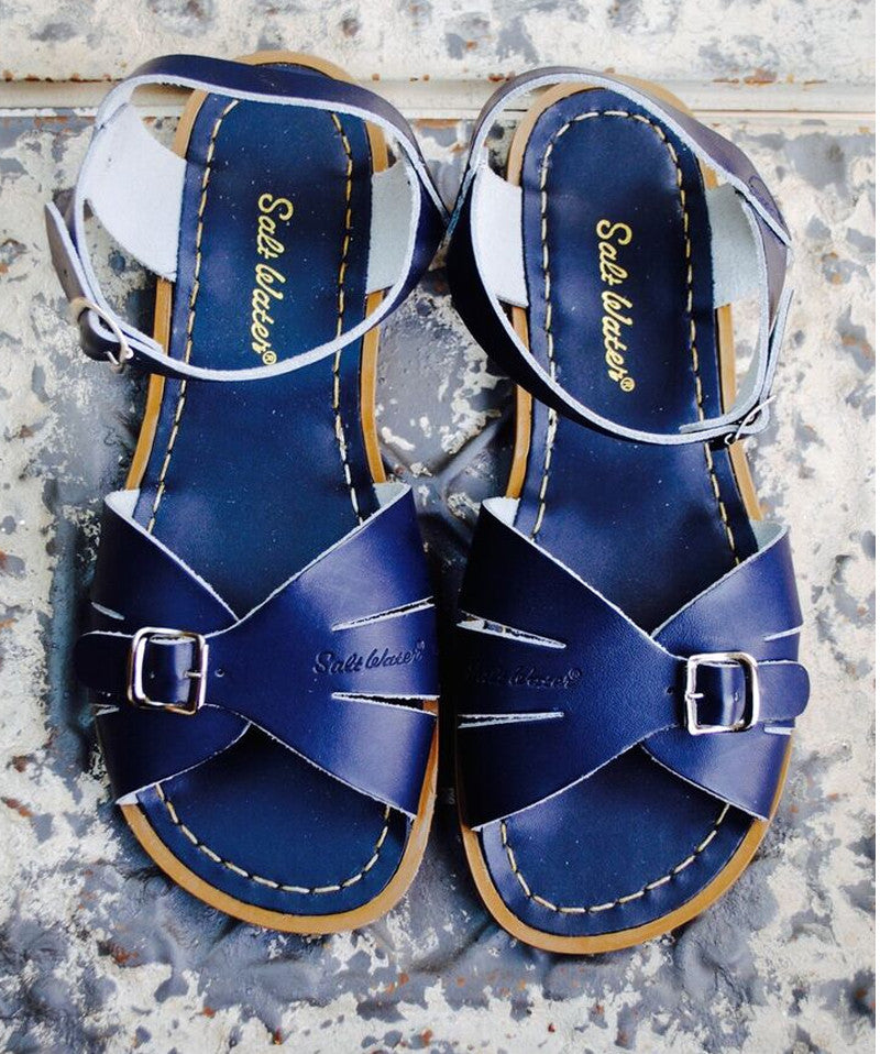 Classic Saltwater Sandal in Navy