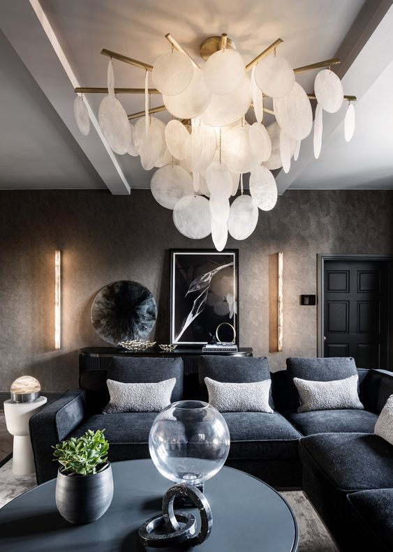 Cascading Glass Chandelier | Ivanka Lumiere