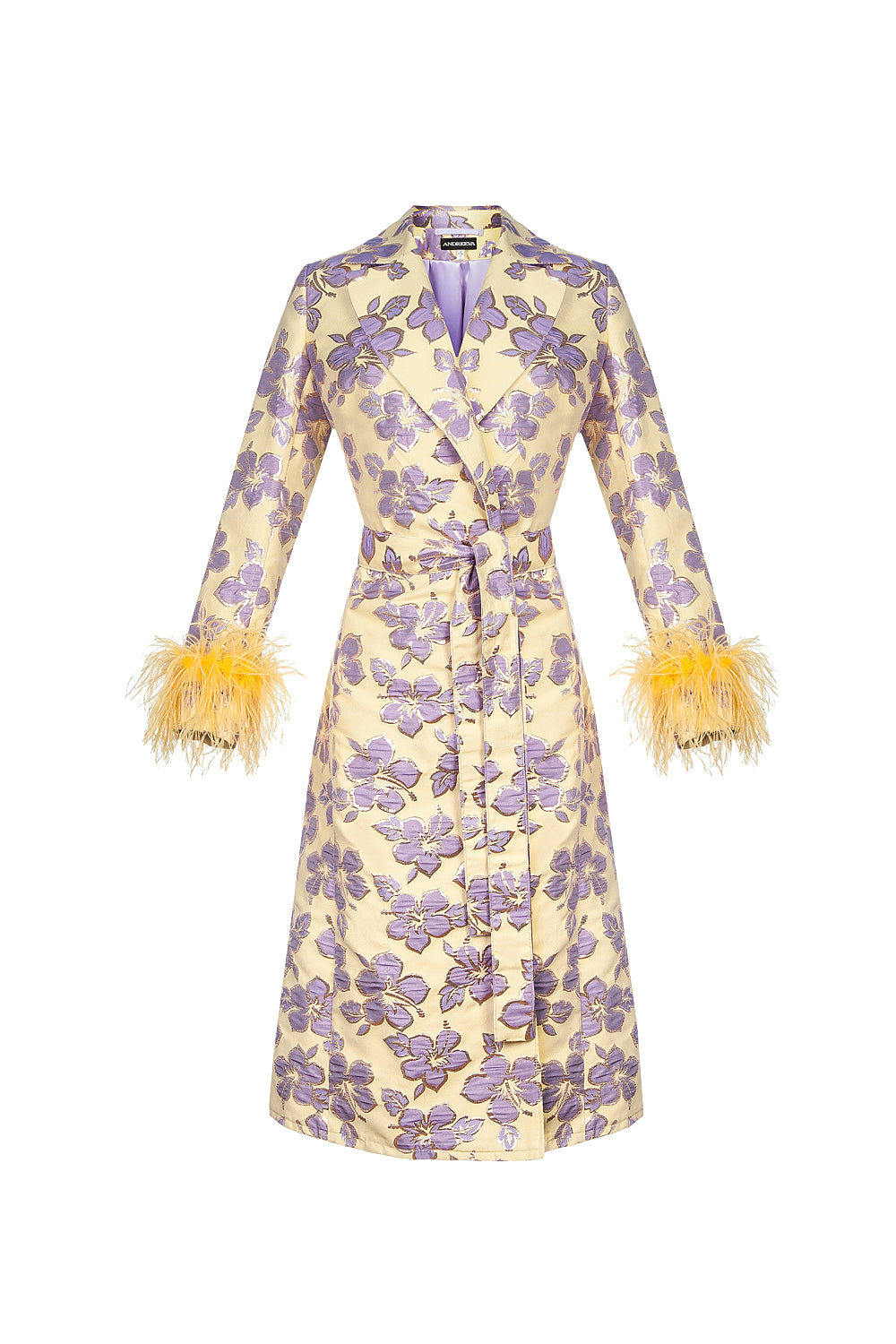 Vanilla jacquard coat with feathers details