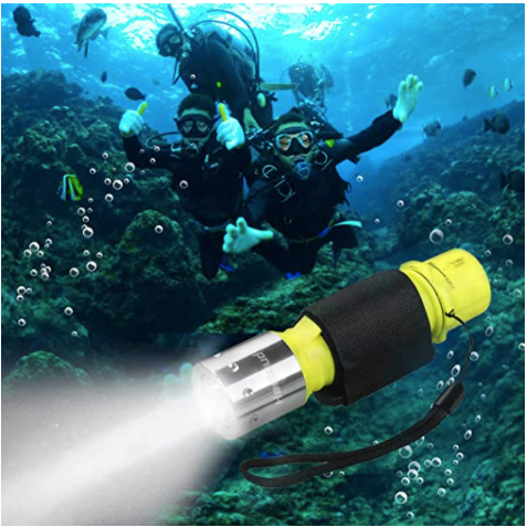 HECLOUD Professional Diving Flashlight with Battery and Charger, IPX8 Waterproof Bright LED Submarine Light for Scuba Diving Beginner on Underwater Outdoor Under Water Sports (Yellow)(2Pack)