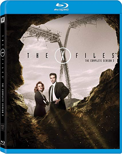 X-files: The Complete Season 3 (Blu-ray) *Jewel Case Cracked*