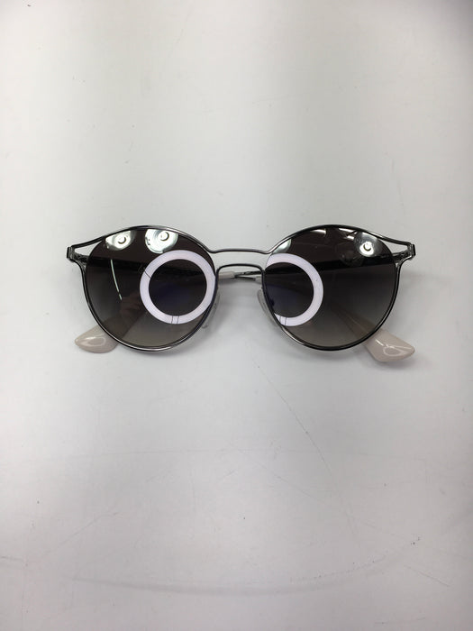Prada PR62SS Cinema Sunglasses Silver w/Light Gray Mirror Silver Lens 1BC2B0 SPR62S (MISSING Case & Cloth)