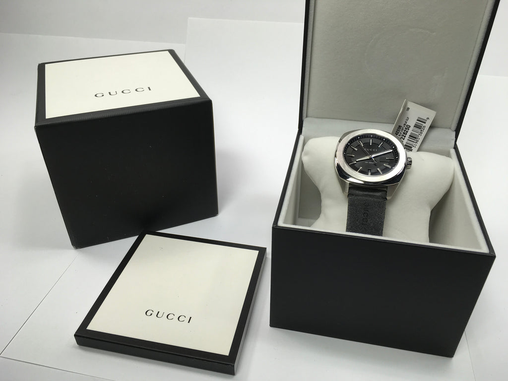 123f519a019 Gucci GG2570 Black Dial Mens Watch YA142206  Light Wear  — Big Box Outlet  Store