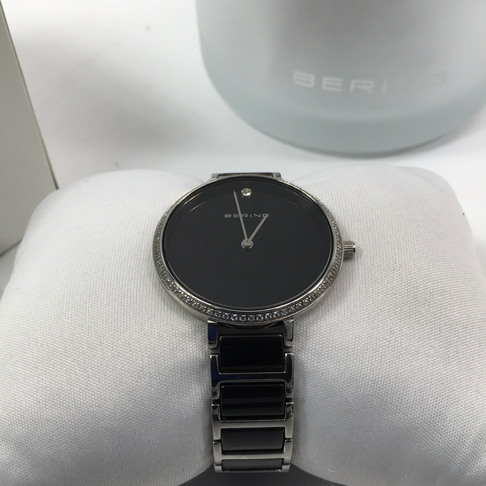 Bering Ceramic Slim Watch with Scratch Resistant Sapphire Crystal 30534-742. Designed in Denmark *Light Scratch*