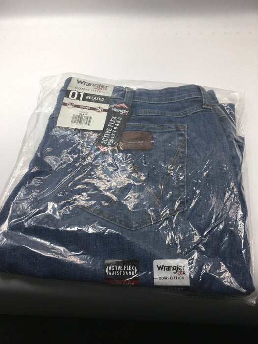 Wrangler Men's Relaxed Active Flex Jean Size 40 x 30