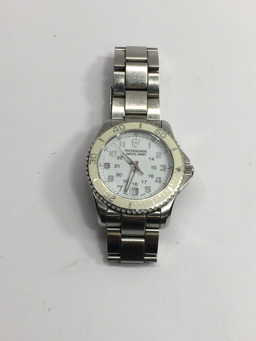 Victorinox Maverick GS GMT White Dial Stainless Steel Ladies Watch 249051 *AS-IS/FOR PARTS/NO BOX*
