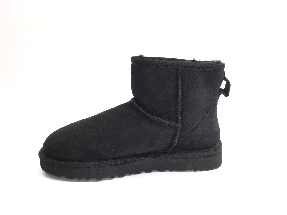 UGG Women's Classic Mini II Winter Boot - Black (US 5)