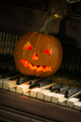 Halloween: Piano sheet music at multi-levels