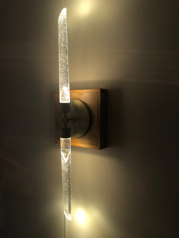 Lighting: Core Sconce
