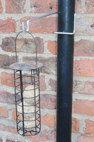 Bird Feeder Bracket - 1Pk - for drainpipes. £5.99