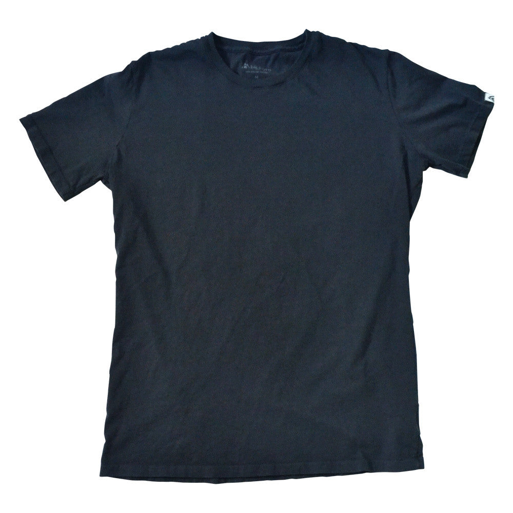 Organic cotton garment-dyed t-shirts navy