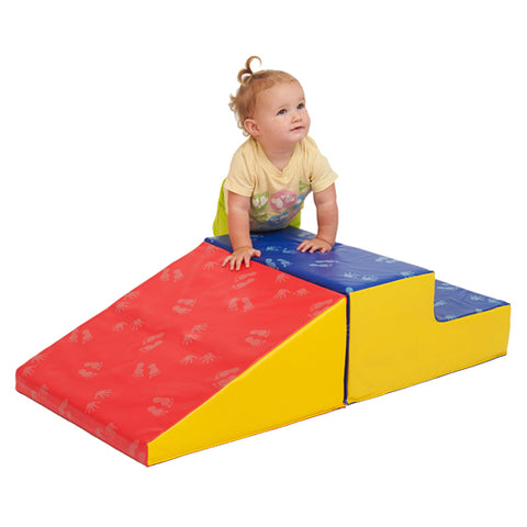 46ET089 - SoftZone Little Me Climb and Slide