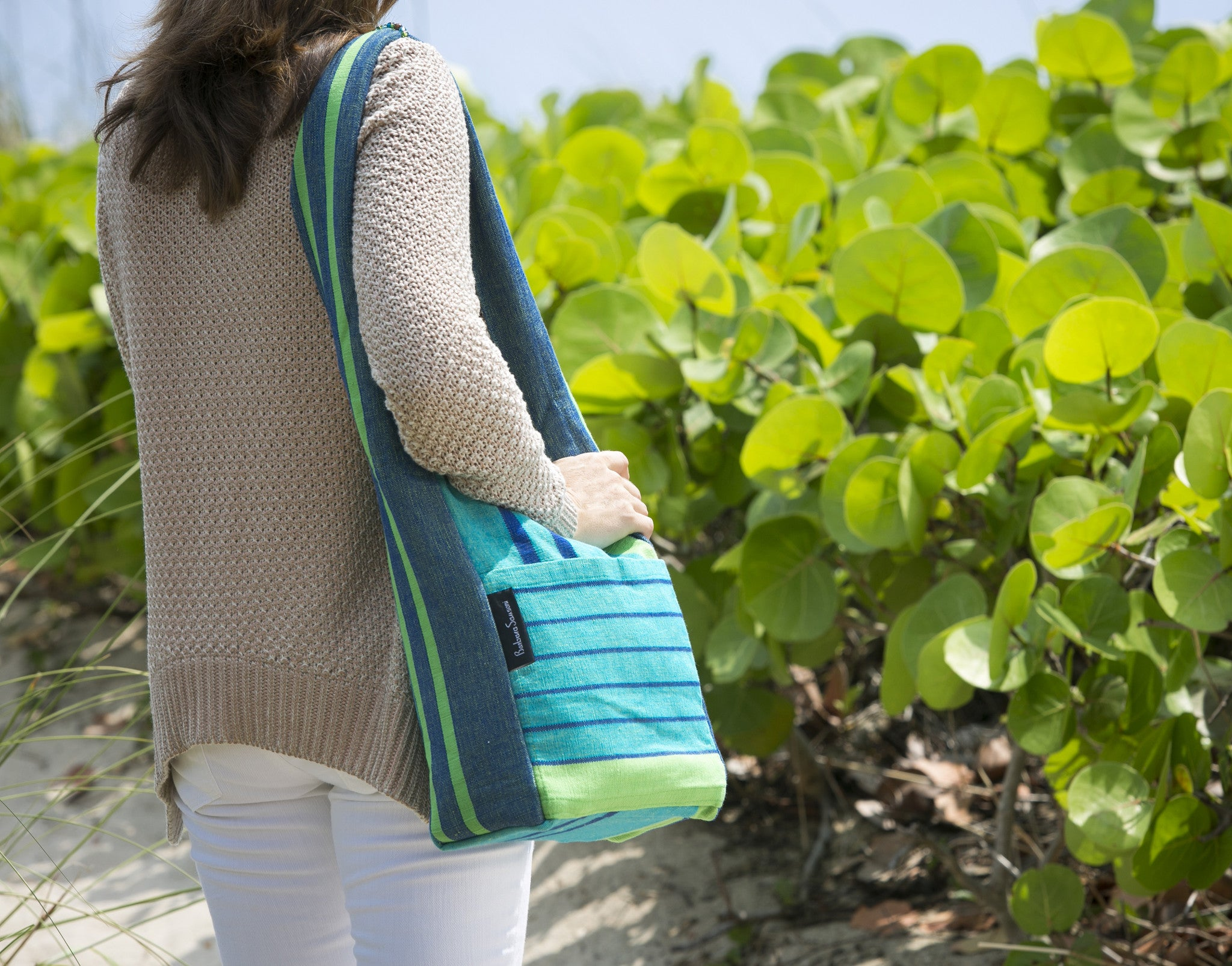 The Versatile Shoulder Bag - Great for a day at the beach! (sample fabric shown in medium size)