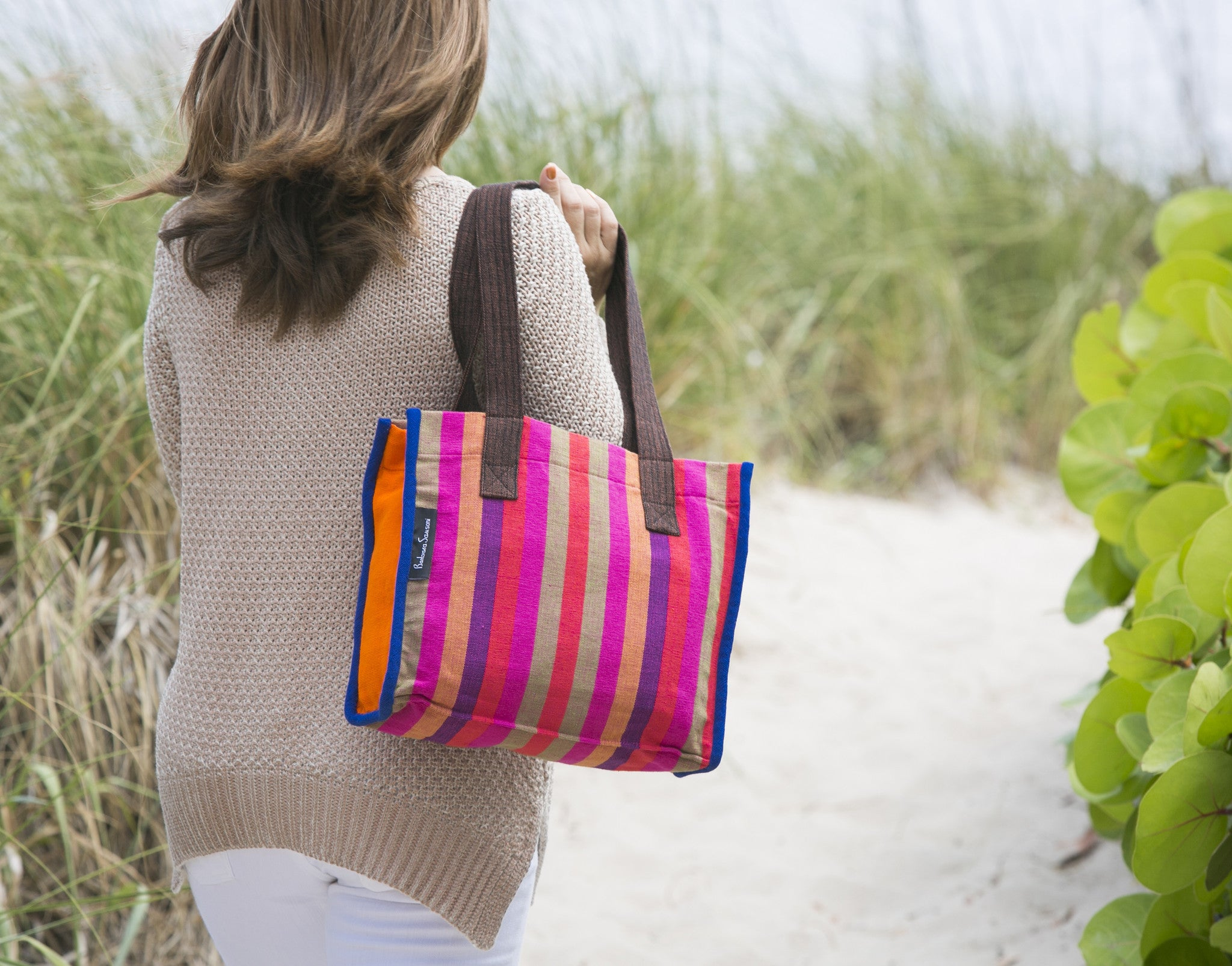 The Easy Breezy Tote - Great for a day at the beach! (sample fabric shown)