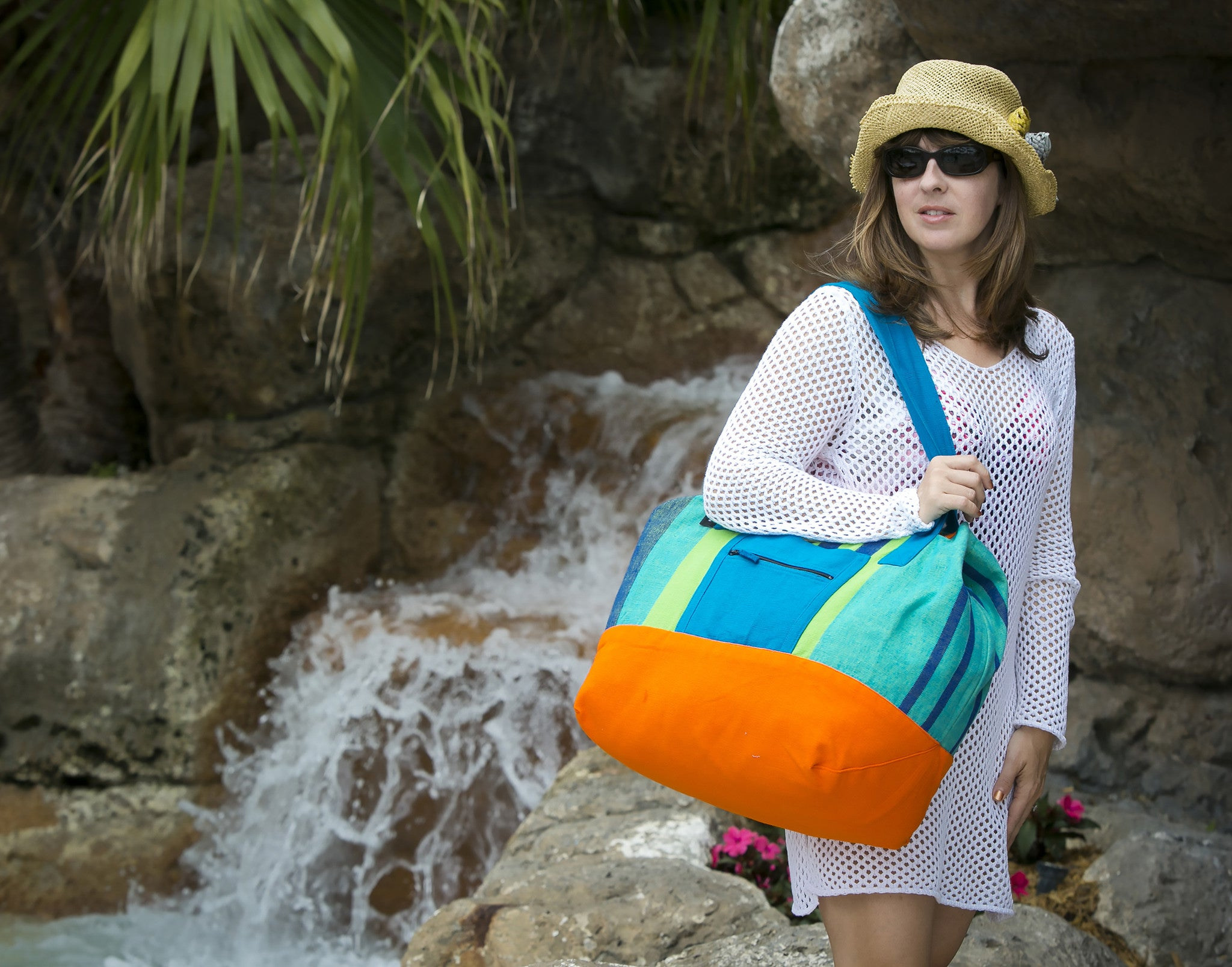 The Essential Weekender - Great for a day at the beach! (Island Breeze fabric shown)