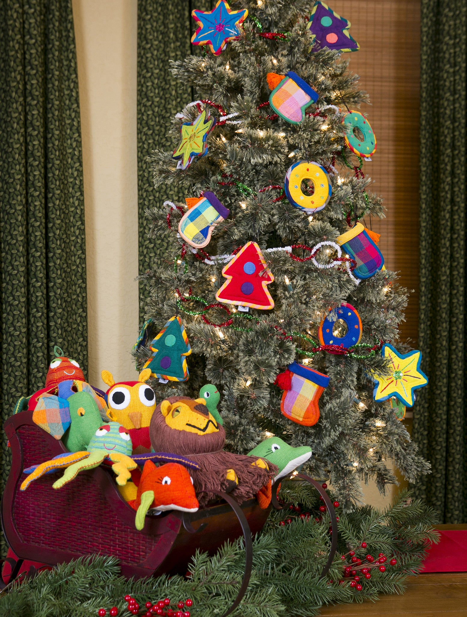 Add color to your Christmas tree with these fun ornaments!