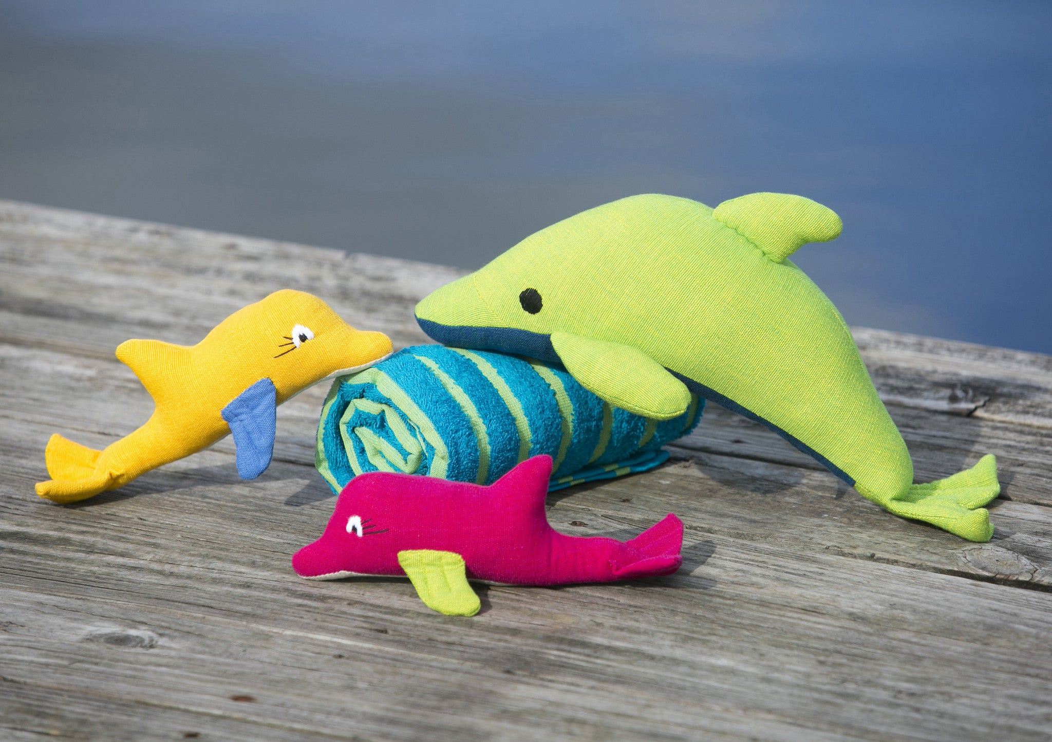 These dolphins are ready to play! (shown in both sizes)