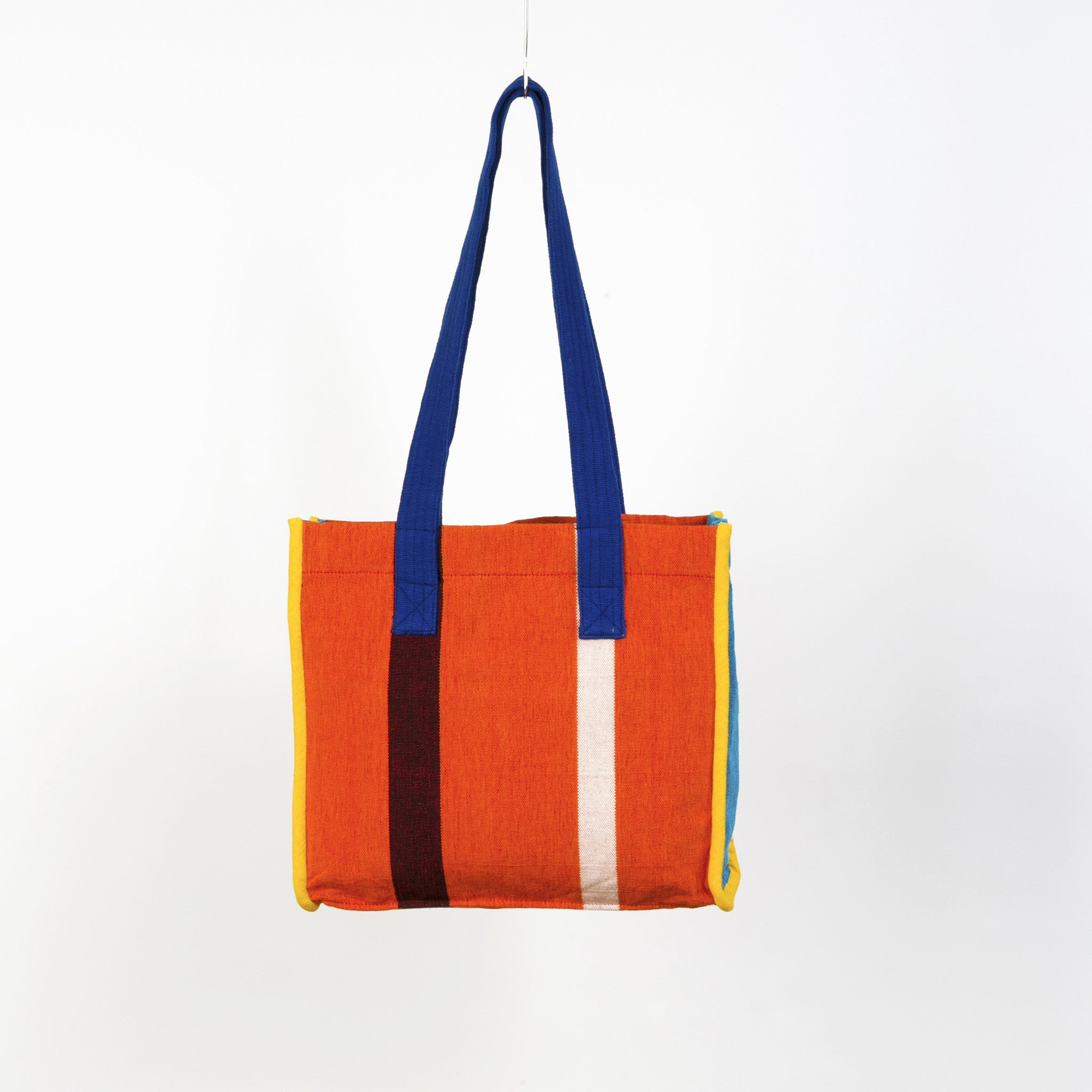 The Easy Breezy Tote - Pumpkin Spice fabric shown