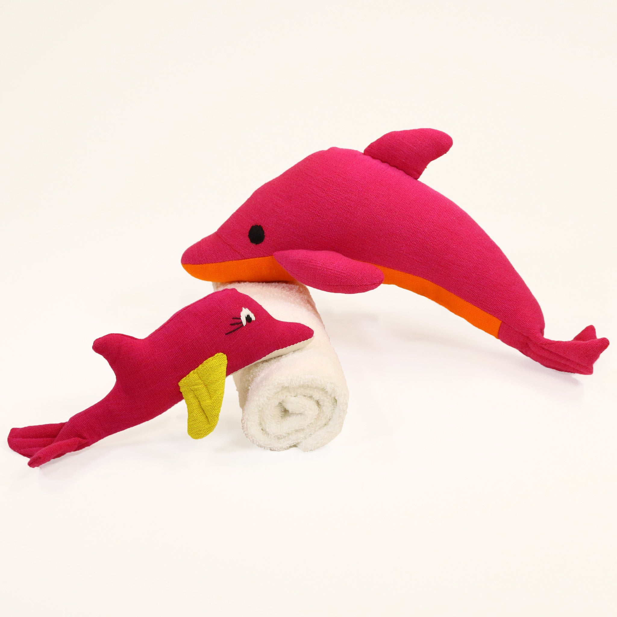 Daffy, the Dolphin (small & large sizes)
