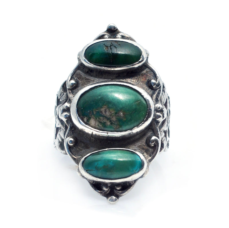 Deco-Dine Turquoise Ring
