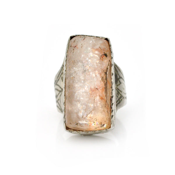 Magic Quartz Ring