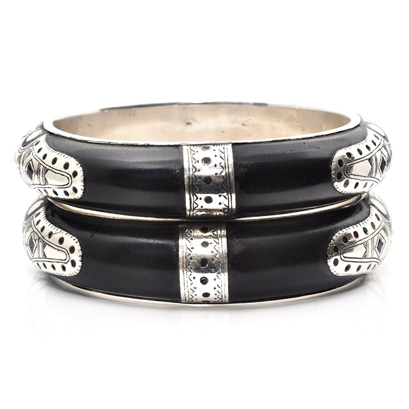 Five Dots Ebony Cuff Set - Medium