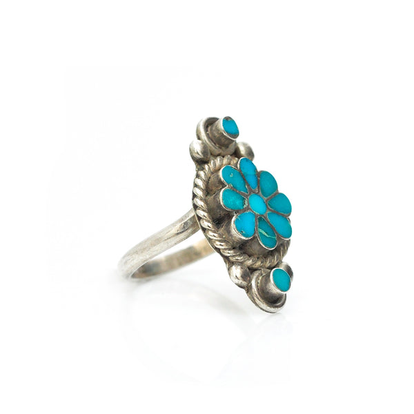 Dishta Flower Ring