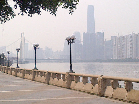 Waterfront along the south side of the Pearl River. In the background is the 1440′ tall Guangzhou IFC tower.
