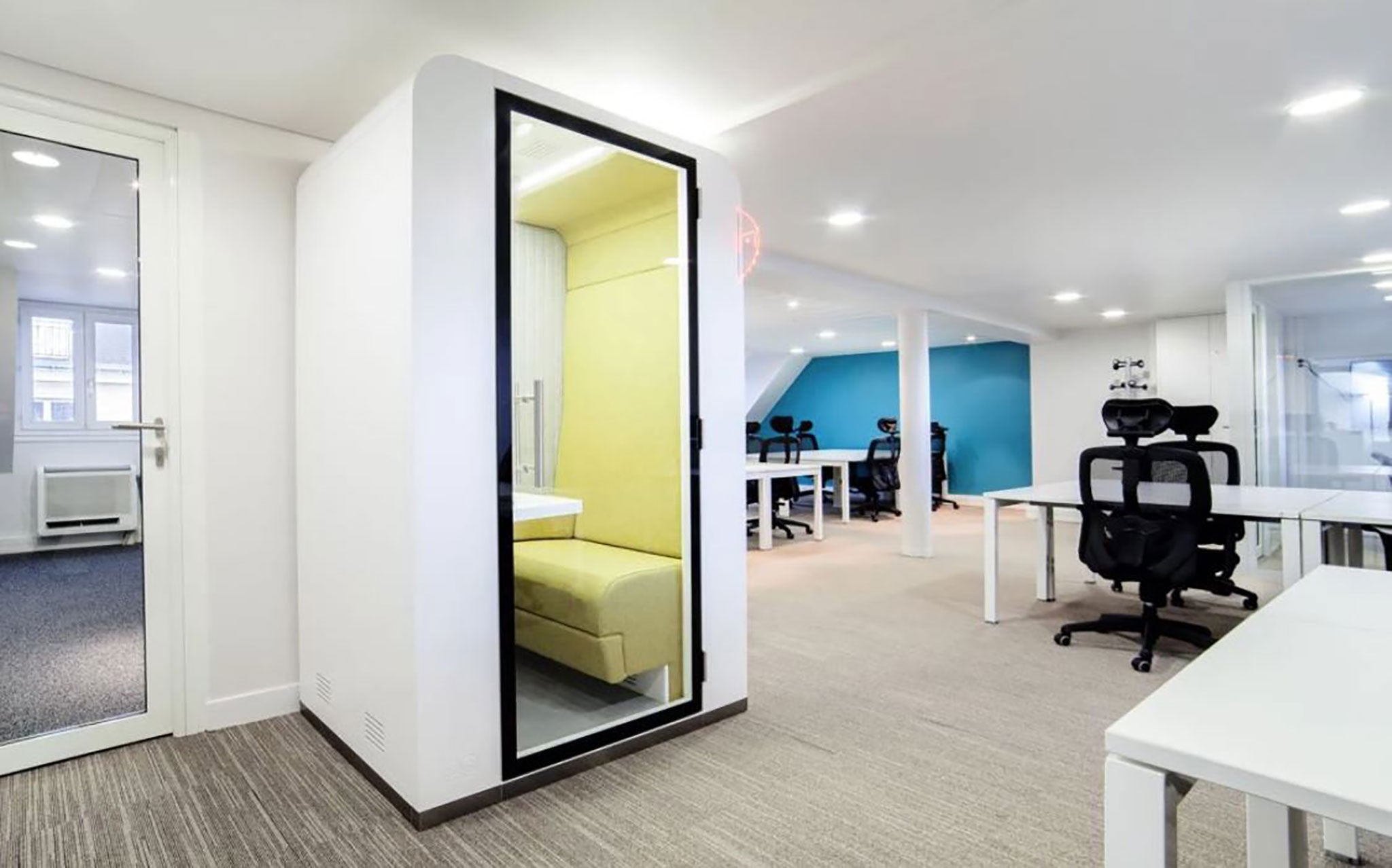 Smart Office Furniture