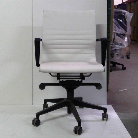Sale Wobi Bradley Chair (White Vinyl) #1512 - Office Furniture Heaven