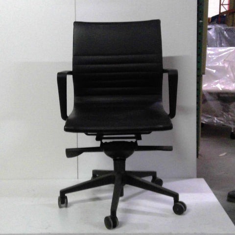 Sale Wobi Bradley Chair (Black Vinyl) #1525 - Office Furniture Heaven